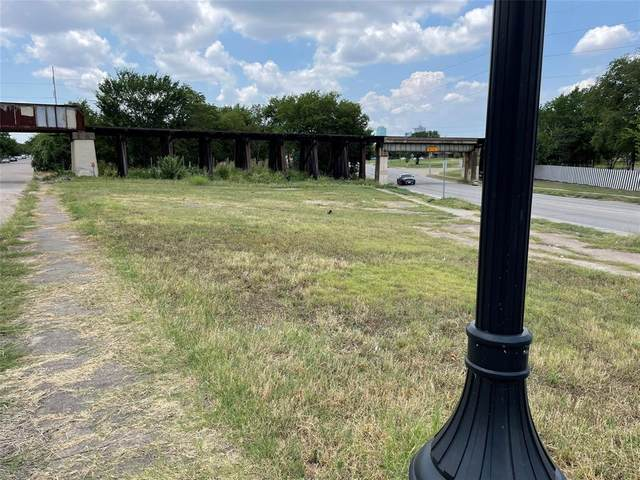 1408 E Vickery Boulevard, Fort Worth, TX 76104 (MLS #14616191) :: Real Estate By Design