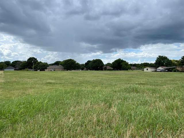 2501 Hampton Road, Glenn Heights, TX 75154 (MLS #14616638) :: Robbins Real Estate Group
