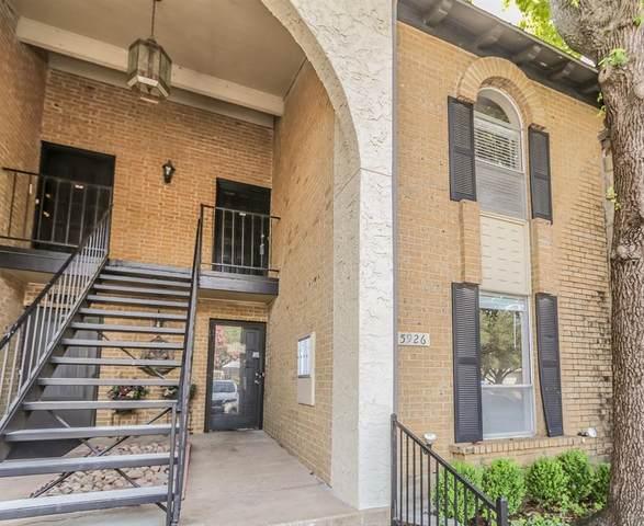 15926 Club Crest Drive #2106, Dallas, TX 75248 (MLS #14617147) :: Robbins Real Estate Group