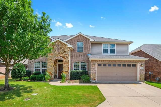 2804 Fox Creek Trail, Arlington, TX 76017 (MLS #14617185) :: VIVO Realty