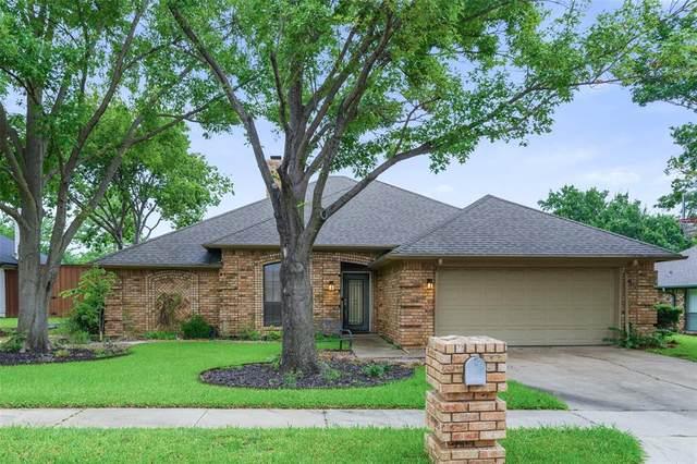 1217 Wedglea Drive, Bedford, TX 76021 (MLS #14617193) :: Real Estate By Design