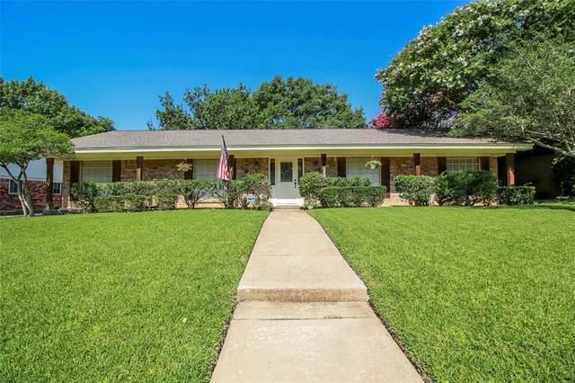 1737 Northridge Drive, Hurst, TX 76054 (MLS #14617361) :: The Chad Smith Team