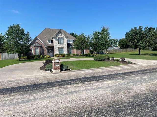 1001 W Russell Avenue, Bonham, TX 75418 (MLS #14617882) :: VIVO Realty