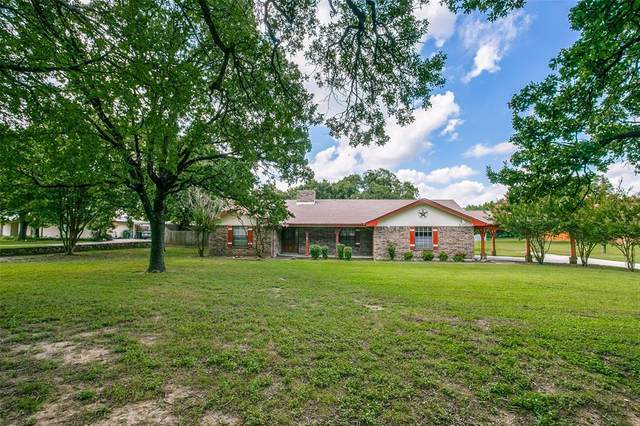 2405 Johnson Road, Southlake, TX 76092 (#14617917) :: Homes By Lainie Real Estate Group