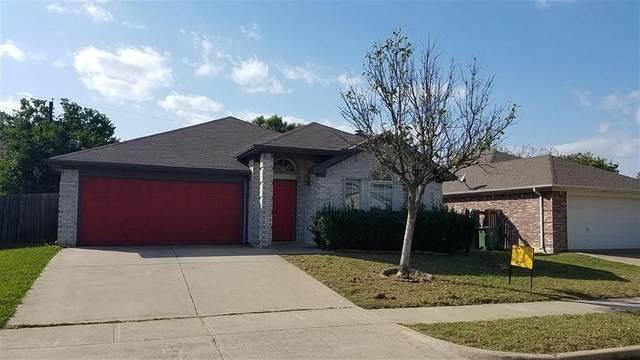 6704 Clear Creek Drive, Arlington, TX 76001 (MLS #14617975) :: Rafter H Realty