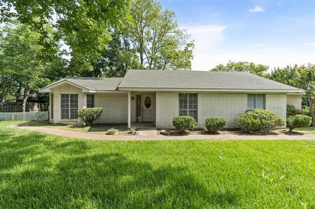 1303 Poplar Street, Teague, TX 75860 (MLS #14617986) :: Wood Real Estate Group
