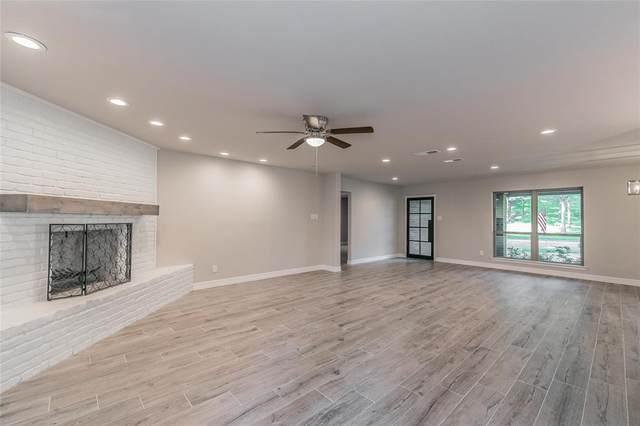 2000 Waterwood Drive, Arlington, TX 76012 (MLS #14618193) :: Real Estate By Design