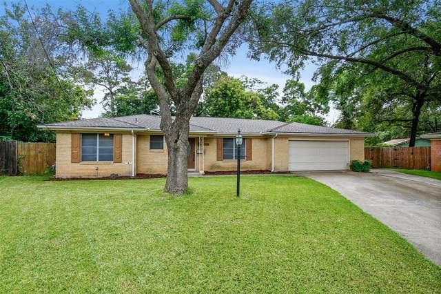 1112 Elaine Drive, Irving, TX 75060 (MLS #14619081) :: The Mauelshagen Group