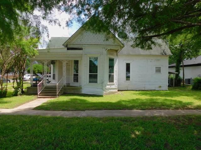 308 E Main Street, Whitesboro, TX 76273 (MLS #14619615) :: Wood Real Estate Group