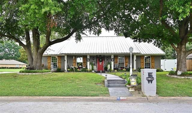 1720 Westgate Drive, Terrell, TX 75160 (MLS #14619639) :: The Kimberly Davis Group