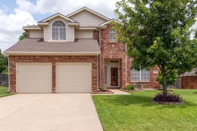901 Summerbrook Drive, Euless, TX 76040 (MLS #14619789) :: The Daniel Team