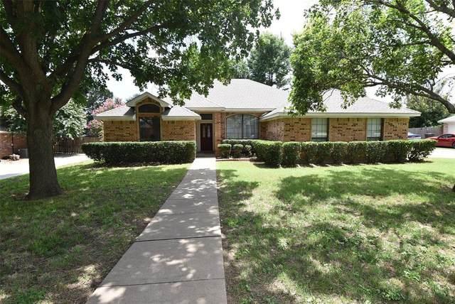 406 Kay Street, Hillsboro, TX 76645 (MLS #14620525) :: The Krissy Mireles Team
