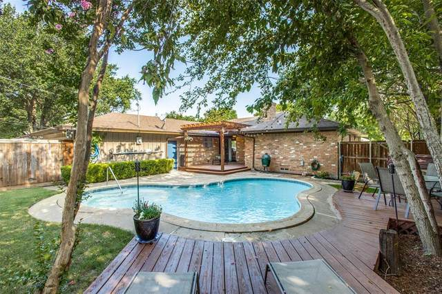 13766 Rolling Hills Lane, Dallas, TX 75240 (MLS #14621179) :: Real Estate By Design