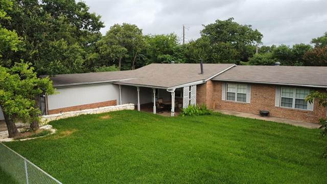 1832 Smokehouse Road, Granbury, TX 76049 (MLS #14621339) :: Real Estate By Design