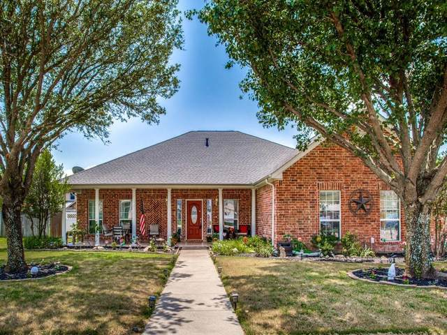 607 Ash Street, Pilot Point, TX 76258 (MLS #14621493) :: Russell Realty Group