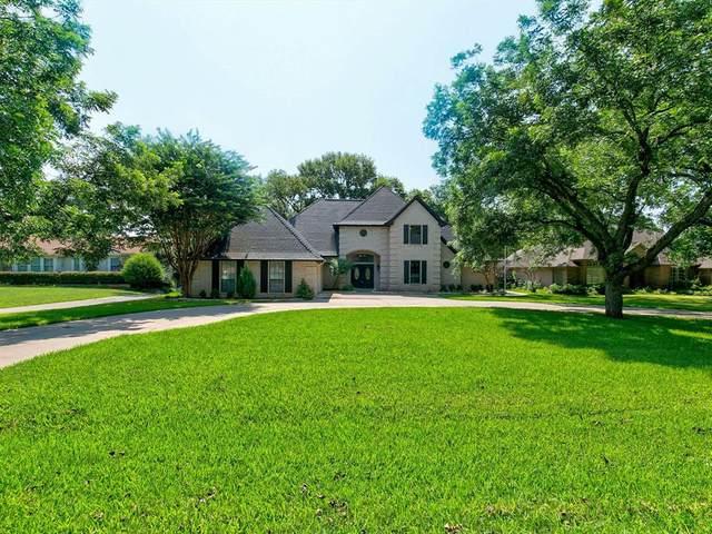 7612 Ravenswood Road, Granbury, TX 76049 (MLS #14621656) :: Maegan Brest | Keller Williams Realty