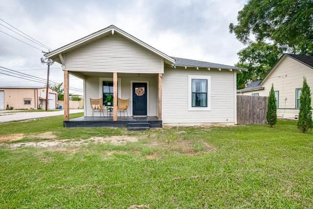 201 N Mcgraw Street, Forney, TX 75126 (MLS #14621770) :: Maegan Brest | Keller Williams Realty