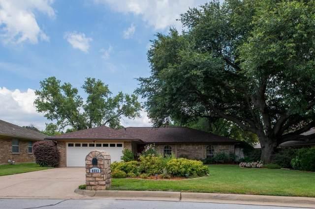 4603 Oak Valley Drive, Arlington, TX 76016 (MLS #14621784) :: The Mauelshagen Group
