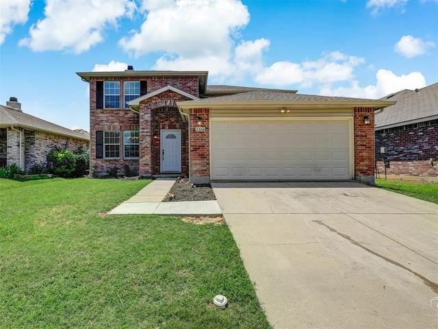 2816 Paddock Way, Denton, TX 76210 (MLS #14621986) :: Real Estate By Design