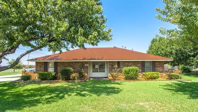401 E 8th Street, Prosper, TX 75078 (MLS #14622152) :: Maegan Brest | Keller Williams Realty