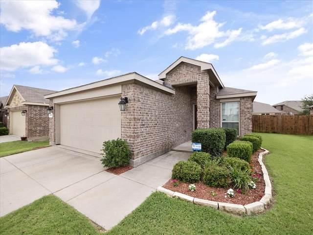 8632 Trailblazer Drive, Cross Roads, TX 76227 (MLS #14622228) :: Maegan Brest | Keller Williams Realty