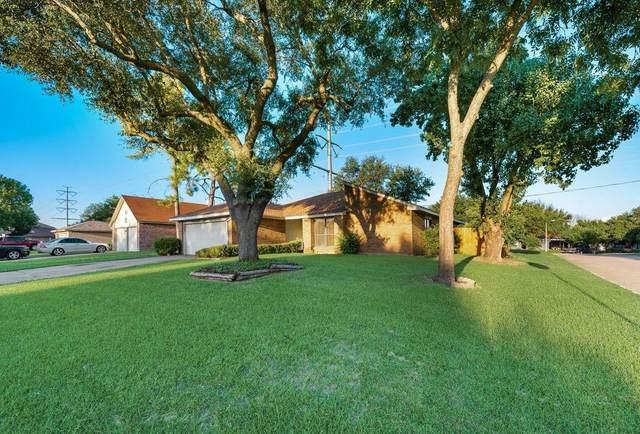 4317 Coventry Drive, Grand Prairie, TX 75052 (MLS #14622273) :: The Mauelshagen Group