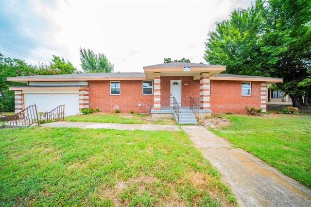 2509 Oakland Boulevard, Fort Worth, TX 76103 (MLS #14622287) :: Real Estate By Design