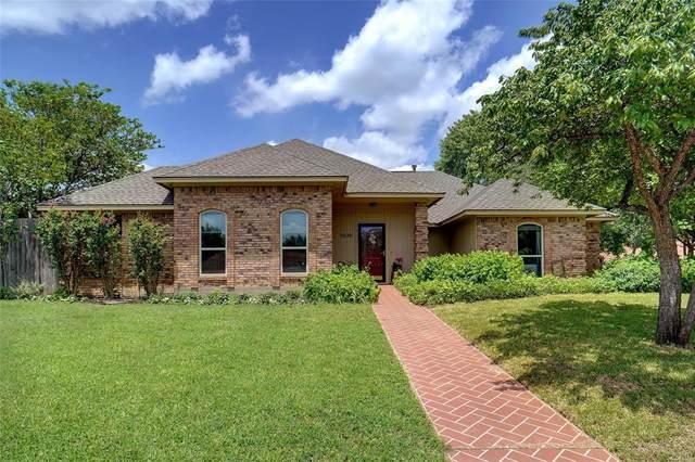 3020 Alice Court, Grapevine, TX 76051 (MLS #14622485) :: The Mauelshagen Group