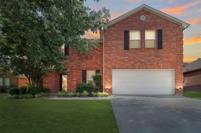 2208 Eden Green Drive, Arlington, TX 76001 (MLS #14622607) :: Real Estate By Design