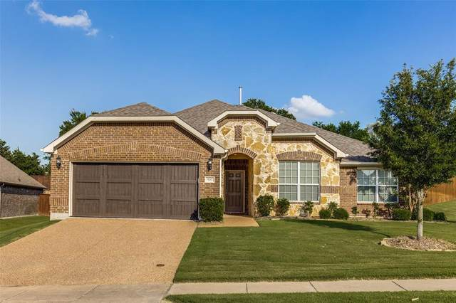 500 Peterhouse Drive, Mckinney, TX 75071 (MLS #14622625) :: The Mauelshagen Group