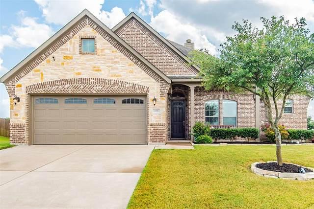 106 Whirlaway Street, Waxahachie, TX 75165 (MLS #14622739) :: The Rhodes Team