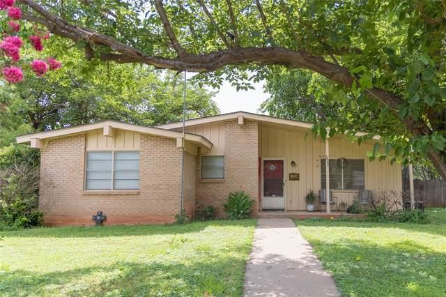 1802 Meadowbrook Drive, Abilene, TX 79603 (MLS #14622821) :: Maegan Brest | Keller Williams Realty
