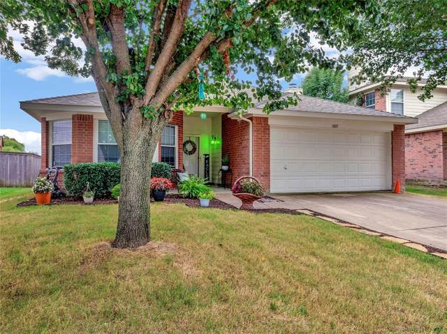 1005 Halifax Lane, Forney, TX 75126 (MLS #14623002) :: Rafter H Realty