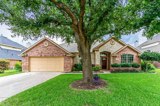 336 Hill Crest Drive, Hurst, TX 76053 (MLS #14623123) :: Real Estate By Design