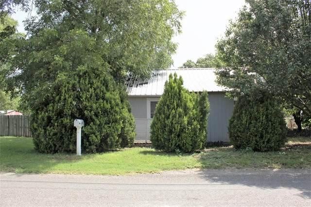 695 S Lillian Street, Stephenville, TX 76401 (MLS #14623224) :: Wood Real Estate Group