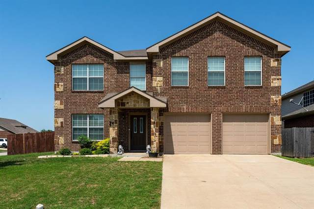 3901 Grizzly Hills Circle, Fort Worth, TX 76244 (MLS #14623475) :: The Mauelshagen Group
