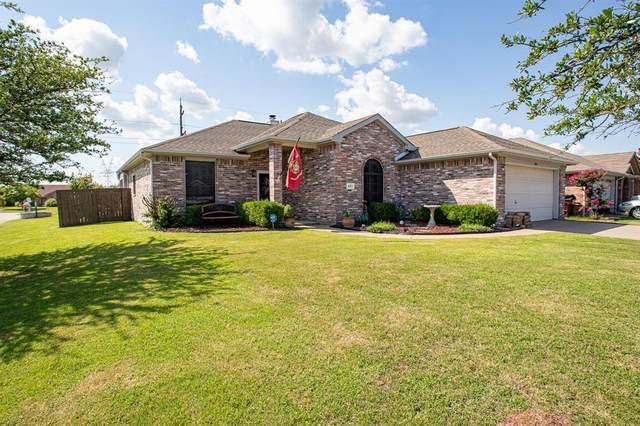 401 Rustic Grove Lane, Royse City, TX 75189 (MLS #14623492) :: The Mauelshagen Group
