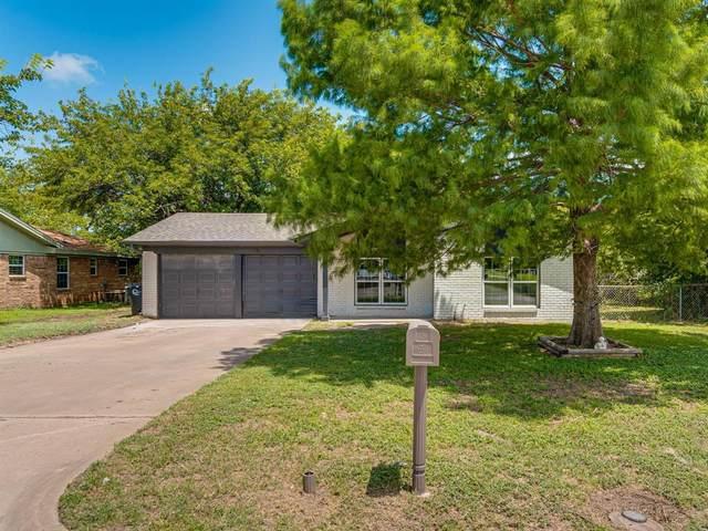 500 Sally Lane, Cleburne, TX 76033 (MLS #14623514) :: Wood Real Estate Group