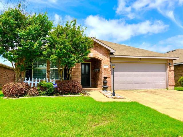 12729 Foxpaw Trail, Fort Worth, TX 76244 (MLS #14623543) :: Real Estate By Design