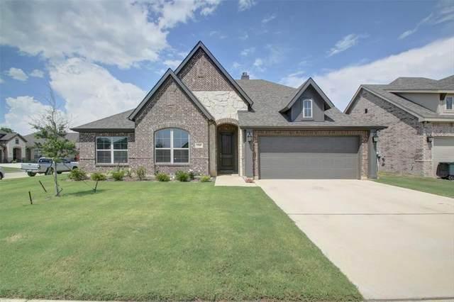 288 Brazos Street, Burleson, TX 76028 (MLS #14623570) :: Real Estate By Design