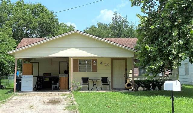 1020 Lawrence Street, Gainesville, TX 76240 (MLS #14623798) :: Real Estate By Design