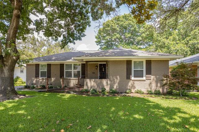 9522 Livenshire Drive, Dallas, TX 75238 (MLS #14623896) :: The Mitchell Group