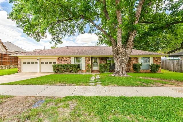 608 Chisholm Trail, Hurst, TX 76054 (MLS #14624222) :: The Mauelshagen Group