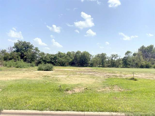 105 N 4th Street, Haskell, TX 79521 (MLS #14624352) :: Real Estate By Design