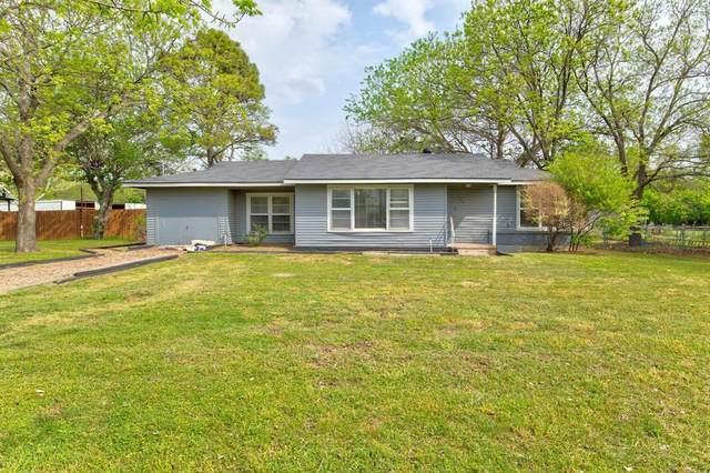 304 W 1st Street, Springtown, TX 76082 (MLS #14624483) :: Wood Real Estate Group