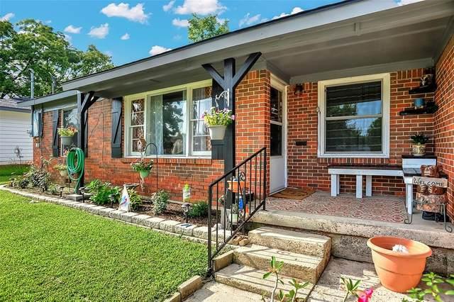 604 Carver Street, Whitesboro, TX 76273 (MLS #14624774) :: Maegan Brest | Keller Williams Realty