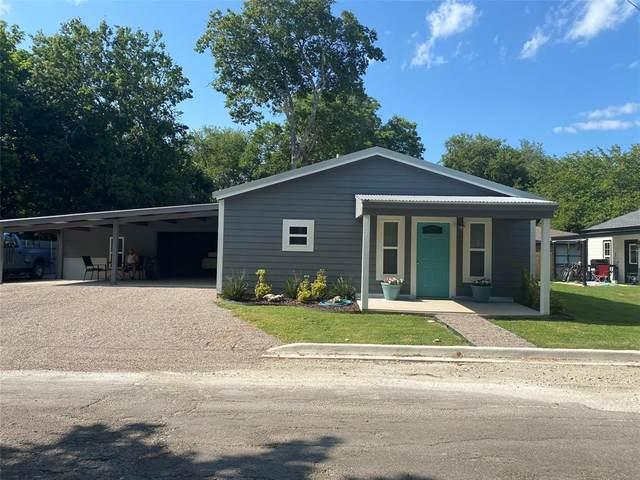 616 W 7th Street, Bonham, TX 75418 (MLS #14624794) :: The Mauelshagen Group