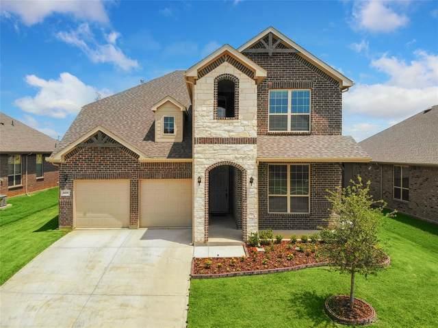 2829 Long Slope Drive, Arlington, TX 76001 (MLS #14624857) :: Real Estate By Design