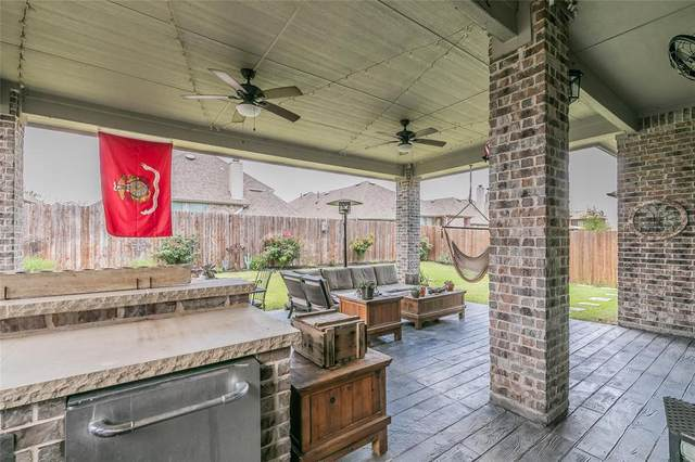 1022 Dunhill Lane, Forney, TX 75126 (MLS #14624899) :: Rafter H Realty