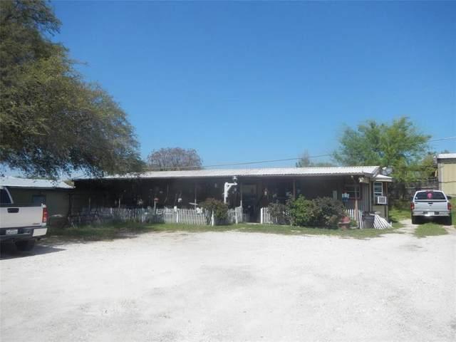 2504 Lipan Highway, Granbury, TX 76048 (MLS #14624933) :: The Kimberly Davis Group